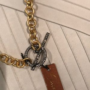 Siena B gold tone chain brand new very elegant